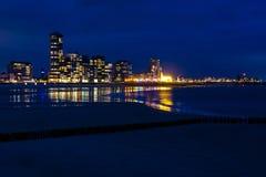 Vista de Vlissingen, Zeeland, Países Baixos na noite Imagens de Stock Royalty Free