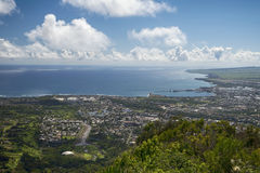 Vista de Wailuku y de Kahului del valle de Iao, Maui, Hawaii, los E.E.U.U. Fotos de archivo