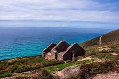 vista de Wheal Coates en los clifftops fotografía de archivo