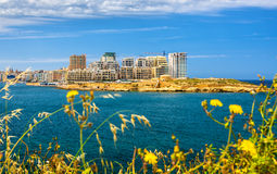 Vista degli edifici residenziali in Sliema immagine stock libera da diritti