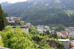Vista degli hotel nel gastein austriaco di Male della stazione sciistica e della stazione termale Fotografia Stock Libera da Diritti