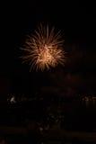 Vista dei fuochi d'artificio sul lago di polizia Fotografia Stock