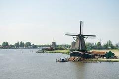 Vista dei mulini a vento da sopra, l'Olanda Fotografia Stock