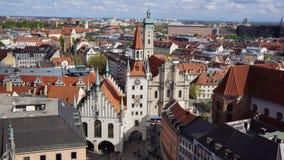 Vista del ayuntamiento de Baviera de Munich Marienplatz vieja imagen de archivo libre de regalías
