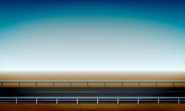 Vista del bordo della strada con una barriera di sicurezza, un deserto diritto di orizzonte e una chiara strada del fondo del cie illustrazione di stock