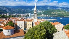 Vista del Budva viejo, Montenegro Imagen de archivo libre de regalías