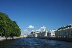 Vista del canale della città Immagini Stock Libere da Diritti