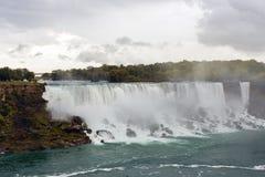 Vista del cascate del Niagara fotografie stock libere da diritti