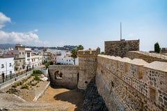 Vista del castello di Almuñécar Almunecar un bello giorno Fotografie Stock Libere da Diritti