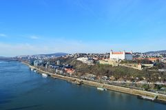 Vista del castello di Bratislava fotografie stock