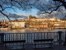 Vista del castello di Praga con il san Vitus Cathedral Immagini Stock Libere da Diritti