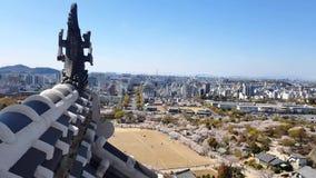 Vista del castillo de Himeji del top almacen de metraje de vídeo
