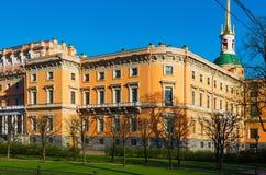 Vista del castillo de Mikhailovsky St Petersburg foto de archivo libre de regalías
