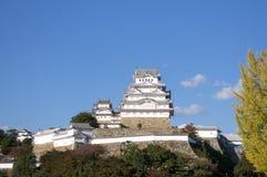 Vista del castillo maravilloso de Himeji en Japón imagenes de archivo