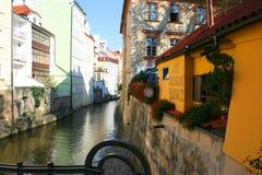 Vista del catle de Praga, de la ciudad vieja y del distrito de Hradcany imagen de archivo libre de regalías
