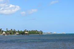 Vista del caye del Ambergris dall'oceano Fotografie Stock Libere da Diritti