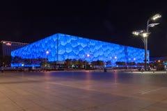 Vista del centro acquatico nazionale, cubo di notte dell'acqua, di Pechino fotografie stock