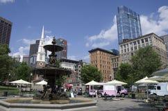 Vista del centro di estate dei terreni comunali di Boston immagine stock