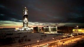 Vista del centro inferior de Lakhta del rascacielos de la construcción almacen de video
