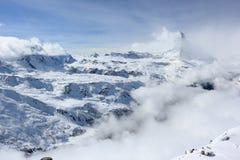 Vista del Cervino dalla stazione della sommità di Rothorn Alpi svizzere, Valais, Svizzera Immagine Stock