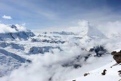Vista del Cervino dalla stazione della sommità di Rothorn Alpi svizzere, Valais, Svizzera Immagini Stock