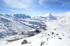 Vista del Cervino dalla stazione della sommità di Rothorn Alpi svizzere, Valais, Svizzera Fotografie Stock