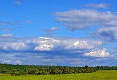 vista del cielo nuvoloso Immagini Stock