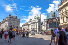 Vista del circo de Piccadilly en Londres Imágenes de archivo libres de regalías