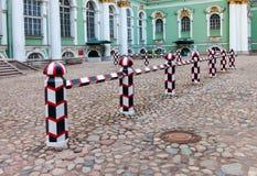 Vista del cortile del Museo dell'Ermitage dello stato Fotografia Stock Libera da Diritti