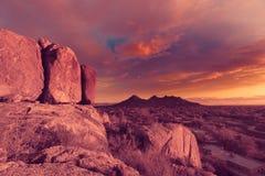 Vista del deserto dell'Arizona, vista dai massi Fotografia Stock