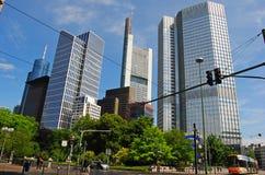 Vista del distretto finanziario a Francoforte fotografie stock