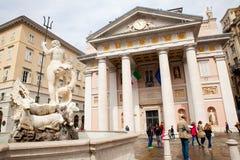 Vista del edificio de la bolsa de acción, Trieste Foto de archivo libre de regalías