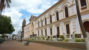 Vista del edificio de la diócesis de Ibarra con la capilla episcopal Fotografía de archivo