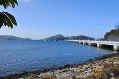 Vista del embarcadero del transbordador en la isla de Langkawi Fotografía de archivo