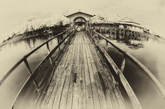 Vista del embarcadero en la playa Foto de archivo