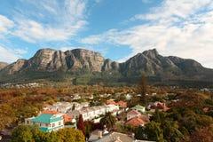Vista del encadenamiento de montaña del vector Fotos de archivo