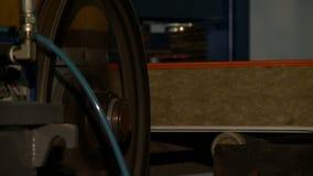 Vista del equipo de producción moderno, primer almacen de metraje de vídeo