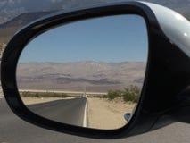 Vista del espejo retrovisor Imagenes de archivo