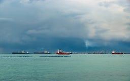 Vista del estrecho de Singapur Imagen de archivo