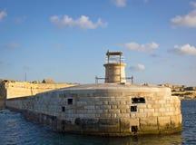 Vista del faro in grande porto Fotografia Stock Libera da Diritti