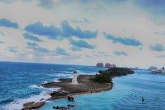 Vista del faro Nassau, in Bahamas e le stazioni turistiche in Fotografia Stock Libera da Diritti