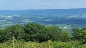 Vista del fianco di una montagna Fotografia Stock Libera da Diritti