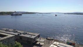 Vista del fiordo de Oslo de la fortaleza de Akershus almacen de metraje de vídeo