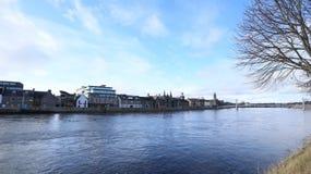 Vista del fiume da Inverness Scozia Immagini Stock