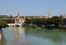 Vista del fiume di Adige verona Fotografie Stock