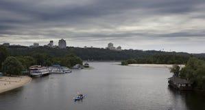 Vista del fiume di Dnieper a Kiev, Ucraina Fotografia Stock
