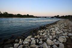Vista del fiume il Reno vicino a Speyer, Germania Immagini Stock