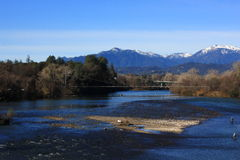 Vista del fiume Sacramento in Redding California Fotografia Stock