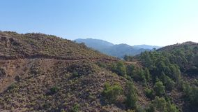 Vista del fuco di una montagna in dalaman archivi video