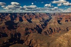 Vista del grande canyon con il cielo astonishing Fotografie Stock